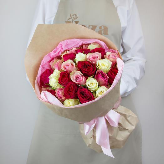31 роза микс с крупным бутоном