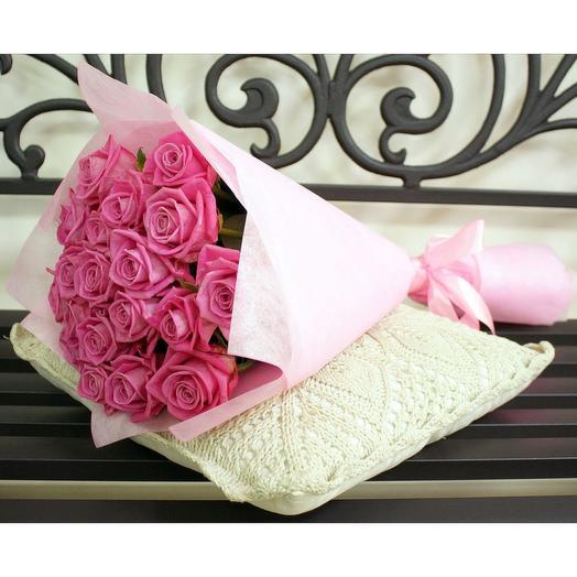 19 роз  Аква