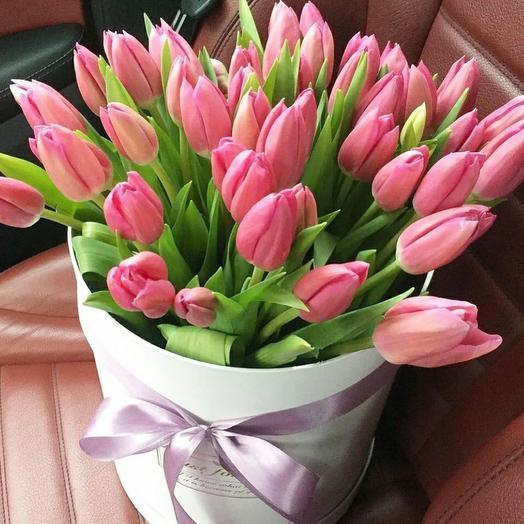 Тюльпаны в коробке 35 шт