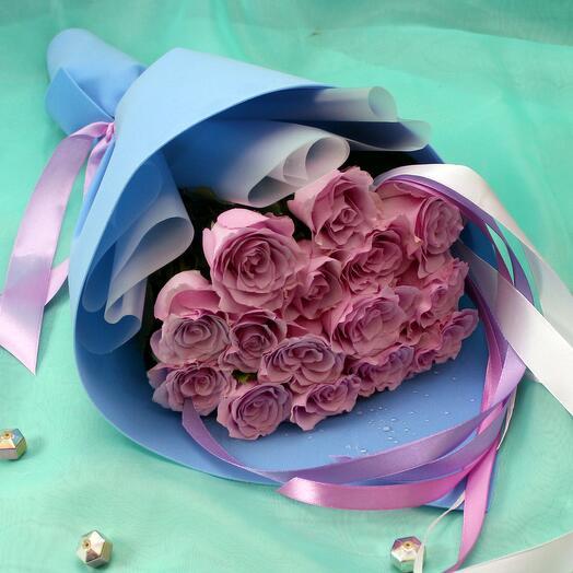15 лиловых роз 40 см