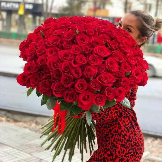 Классика любви из 101 розы