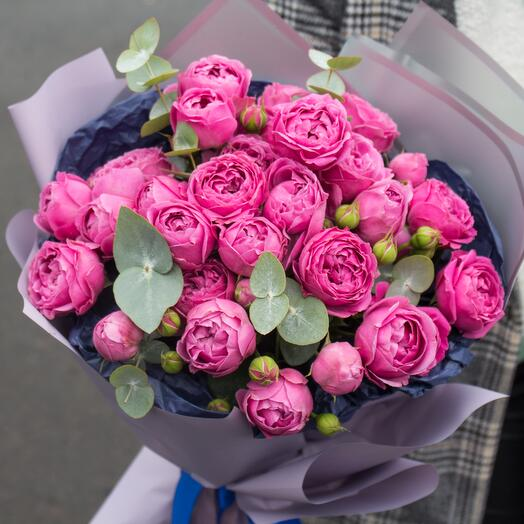 Монобукет пионовидных роз «Мисти бабблс» 220