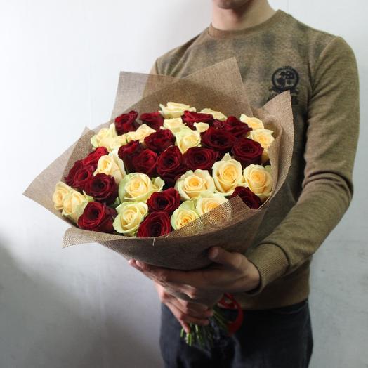 Красно-персиковый букет: букеты цветов на заказ Flowwow