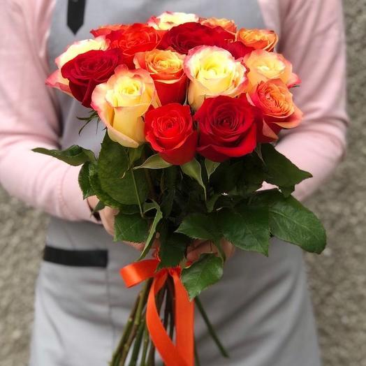 15 роз Эквадор микс