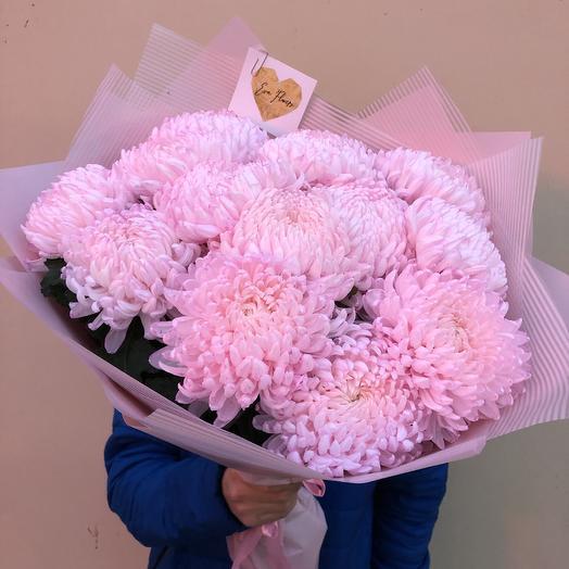 13 воздушных хризантем: букеты цветов на заказ Flowwow