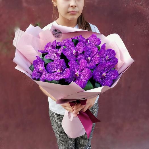 Букет из орхидей 11 шт