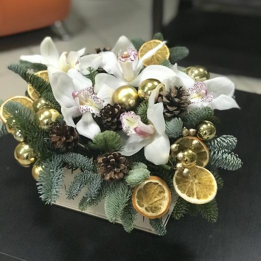 Огни праздника: букеты цветов на заказ Flowwow