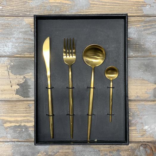 Набор столовых приборов Gold