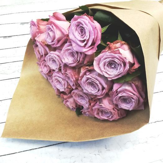 Роза Маритим 50 см в крафте, 19 шт
