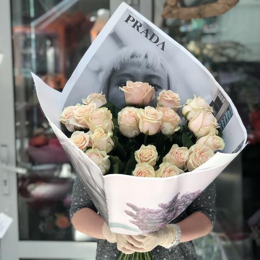 19 роз Взбитые сливки