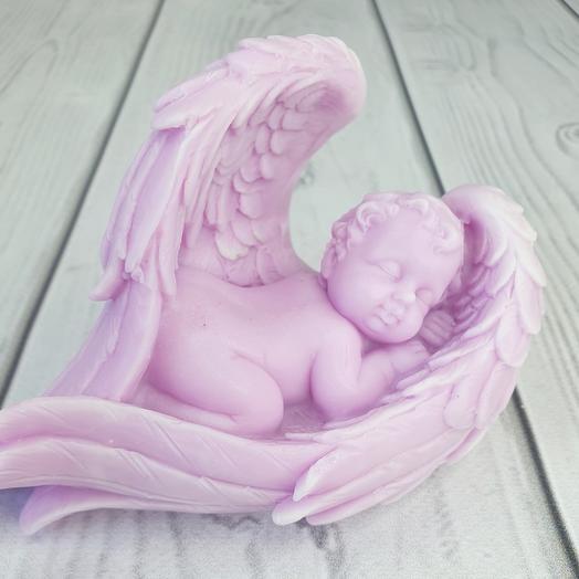 Мыло ручной работы - Малыш в крыльях большой ( фиолетовый)