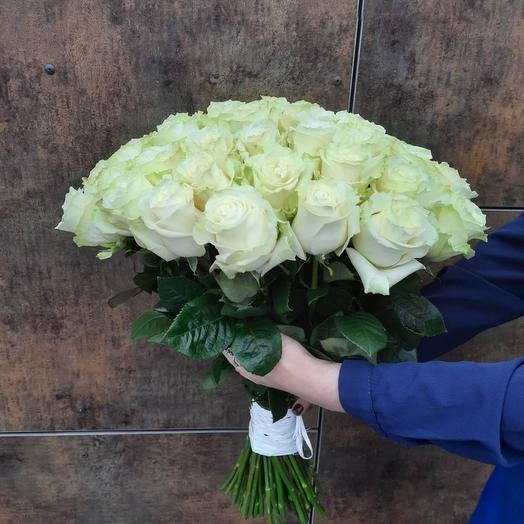 Букет из 51 белой розы 60см