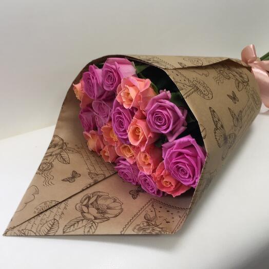 Персиково-розовый букет