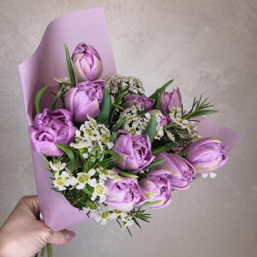 11 махровых лавандовых тюльпана