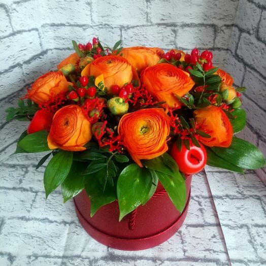 Цветы в коробке Аморе Мио Оранж