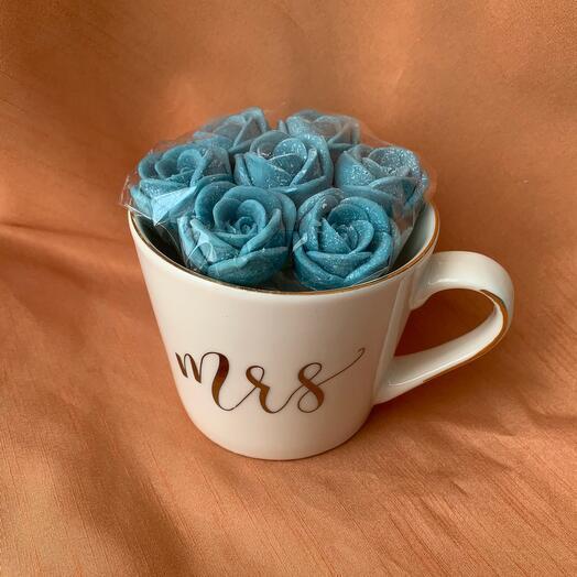 Кружка с розами