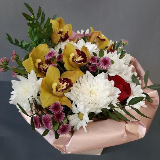 Коробочка с орхидеей