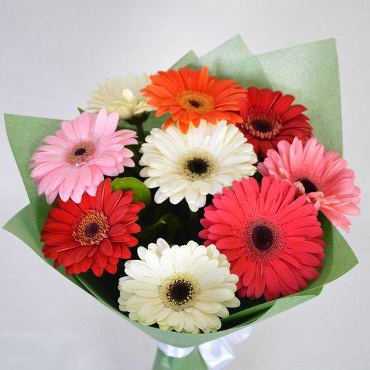 9 гербер в фетре: букеты цветов на заказ Flowwow