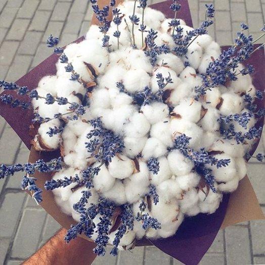 БУКЕТ ИЗ ХЛОПКА И ЛАВАНДЫ КОМПЛИМЕНТ: букеты цветов на заказ Flowwow