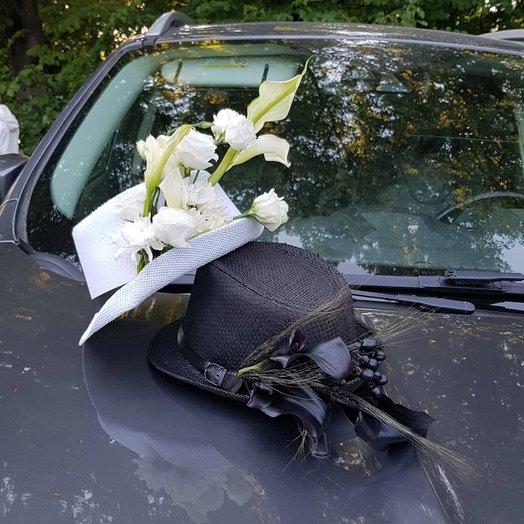 Шляпы авторские от Floristic World, из лизиантуса и калл : букеты цветов на заказ Flowwow