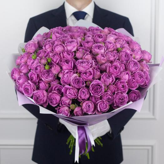 Букет из 49 кустовой розы Misty Bubbles: букеты цветов на заказ Flowwow