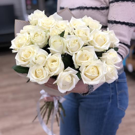 Розочки в белом цвете: букеты цветов на заказ Flowwow