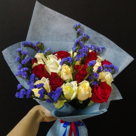 Красно-синий мотив: букеты цветов на заказ Flowwow