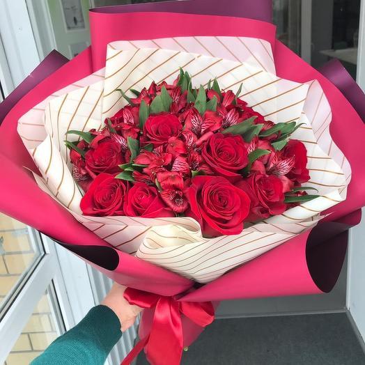 Прекрасная женщина: букеты цветов на заказ Flowwow