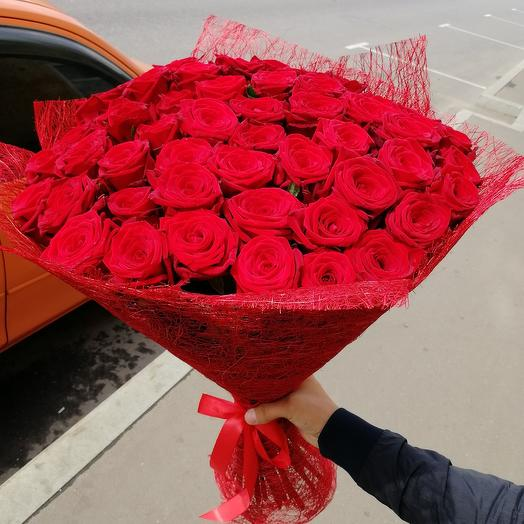 Букет из 51 красных роз: букеты цветов на заказ Flowwow