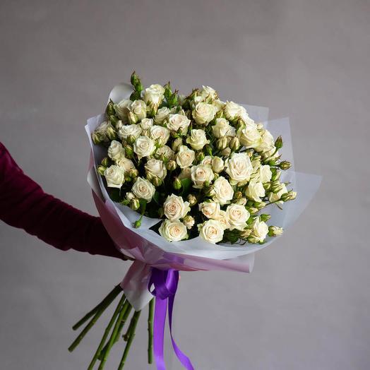 19 кустовых роз СНОУФЛЕЙК: букеты цветов на заказ Flowwow