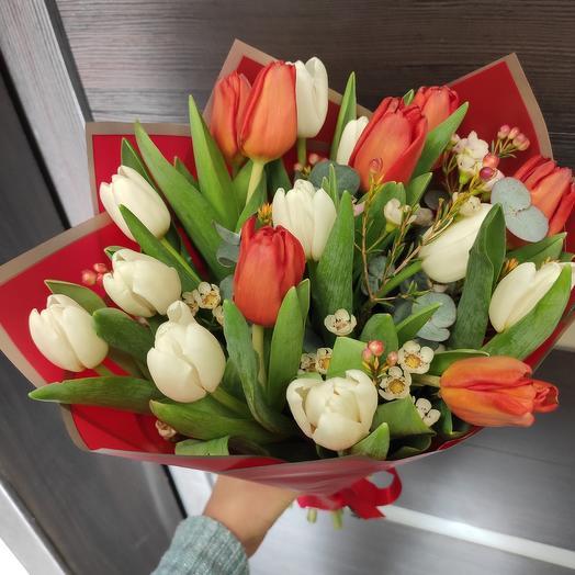 Тюльпанная лихорадка: букеты цветов на заказ Flowwow