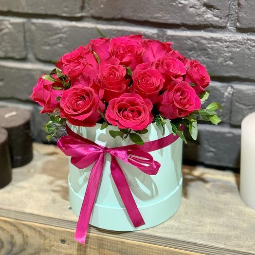 Композиция в коробке «Мята и малина»: букеты цветов на заказ Flowwow
