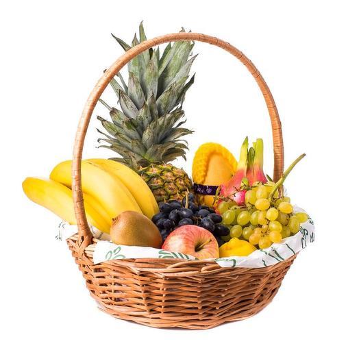 Корзина экзотических фруктов: букеты цветов на заказ Flowwow