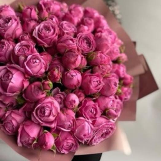 Малиновый: букеты цветов на заказ Flowwow