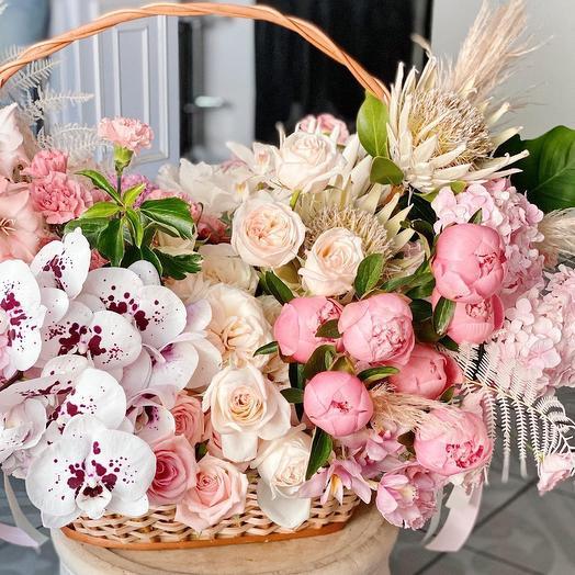 Корзина цветов Luxury Flowers Сказки 1001 Ночи