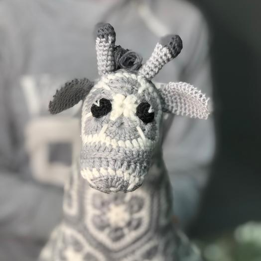 Жирафик вязанный