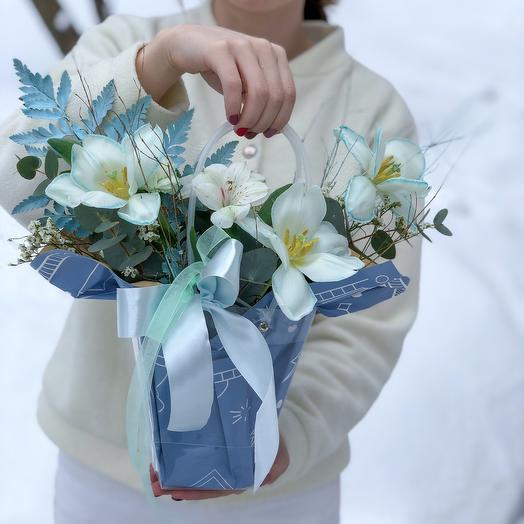 Цветы в сумочке «Весенний лёд»