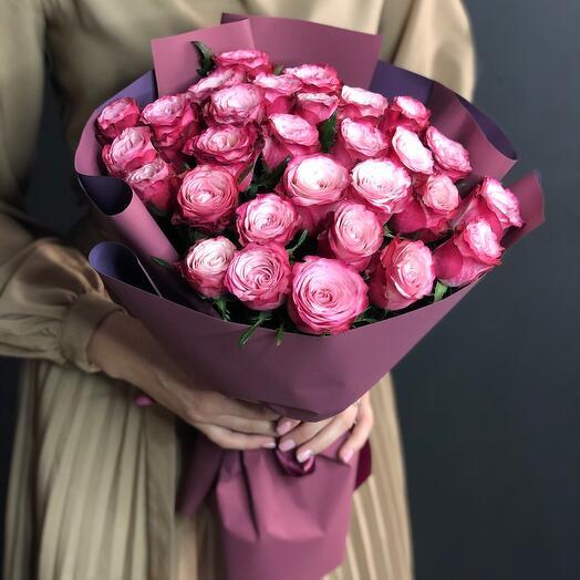 Букет из нежно-малиновых роз
