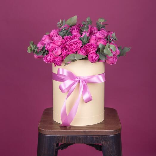 Коробочка с пионовидными кустовыми розами
