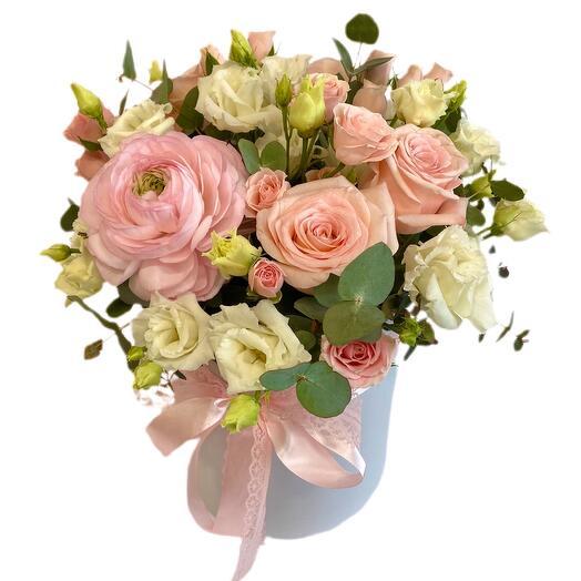 Цветы в коробке Нежность»