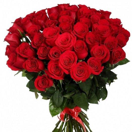 Букет красных роз 51 шт: букеты цветов на заказ Flowwow