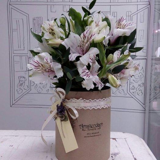 Букет в шляпной коробке Праздничный: букеты цветов на заказ Flowwow