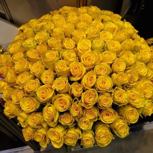 101 Желтая Эквадорская Роза 80см: букеты цветов на заказ Flowwow