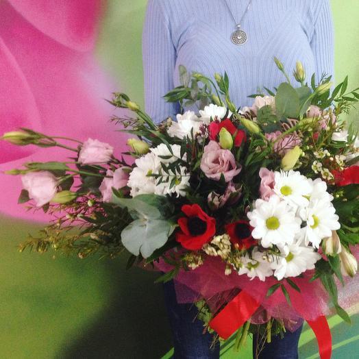 Букет с анемонами эустомой и хризантемой: букеты цветов на заказ Flowwow