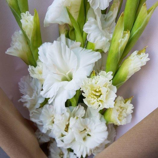 Доставка цветов гладиолусы, собрать ярусный букет
