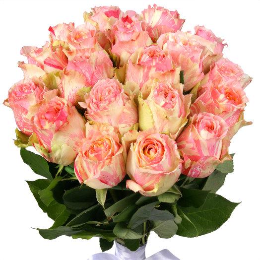 Букет из 25 желто-розовых эквадорских роз: букеты цветов на заказ Flowwow