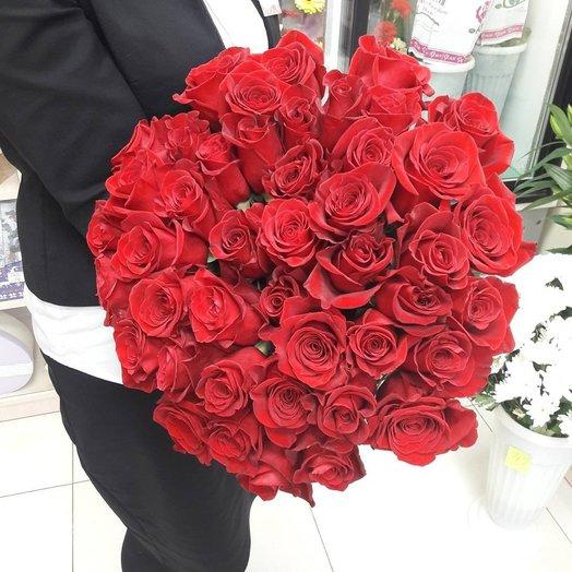 49  роз Эквадор (долгостоячие розы) : букеты цветов на заказ Flowwow