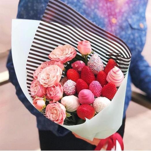 Клубничный букет «Love Store: букеты цветов на заказ Flowwow