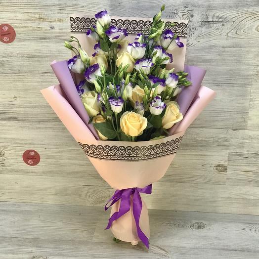 Букет из роз и эустом: букеты цветов на заказ Flowwow