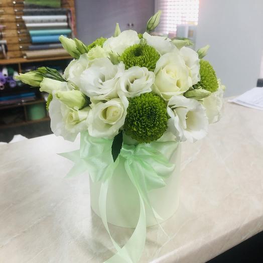 Композиция нежная  в мини коробочке: букеты цветов на заказ Flowwow